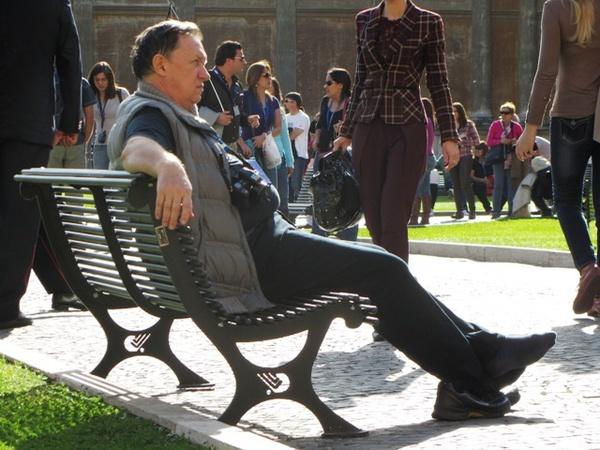 Бывший обкомовский номенкулатурщик, атеист и безбожник Рукоманов в Ватикане