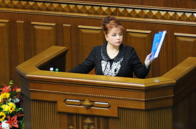 Ніна Карпачова