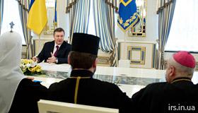 Віктор Янукович провів розмову з ієрархами Церков