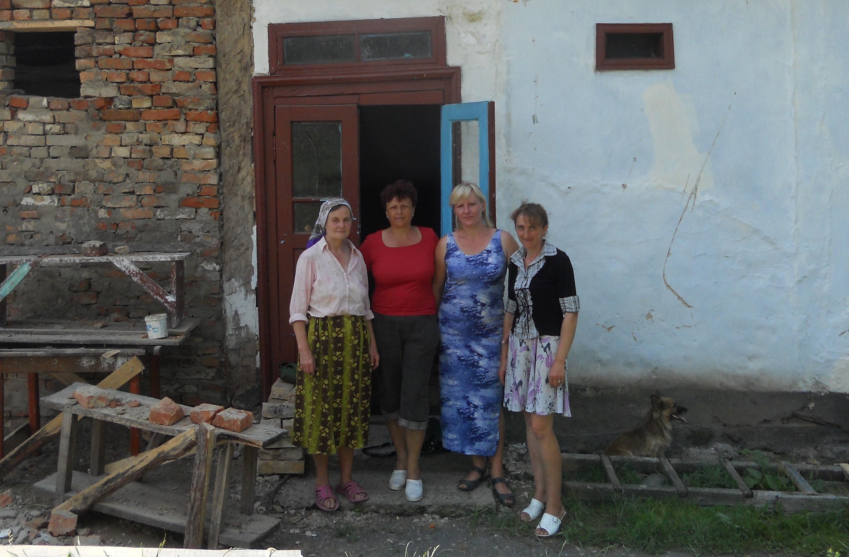 Волонтери сільської громади Лютарки