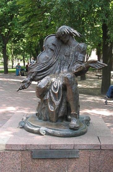 B26 2 Berezovsky Maksym monument in Hlukhiv