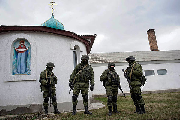 Crimea-Ukraine-church-temple-russian-force-army-@MVasin