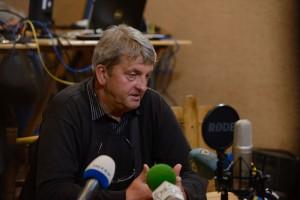 Шаповалов-микрофоны-300x200