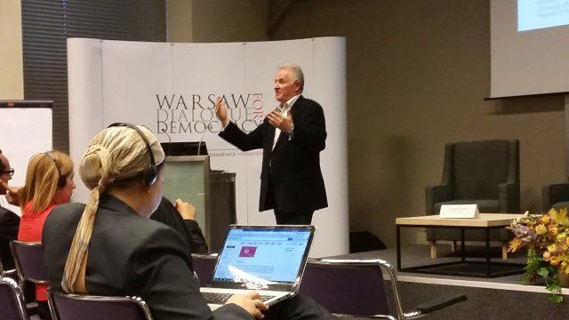 Збігнев Буяк на форумі Варшавський діалог за демократію, 24 жовтня 2015