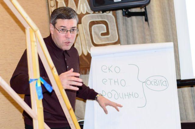 Ігор Дубровський, тренер Української Миротворчої школи