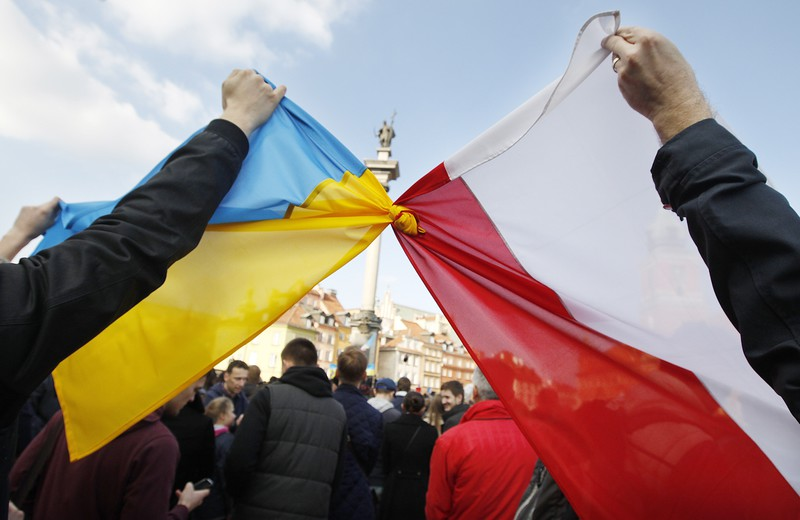 Дуда пообещал Порошенко лично рассмотреть ситуацию с разрушением памятника воинам УПА в Грушовичах - Цензор.НЕТ 7086