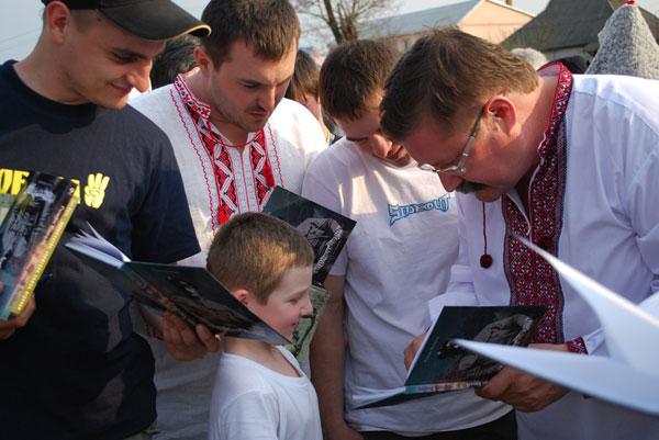 Роман Коваль i малий читач