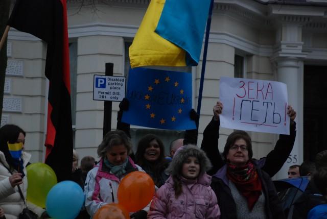 Євромайдан в Лондоні. Фото Олександри Ковязиної