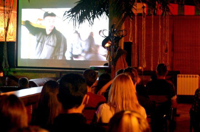 Глядачі-за-переглядом-фільму-Сволота-фото-Анна-Ютченко-1024x678