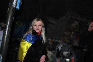 Вікторія Родічева в наметі полтавського Євромайдану
