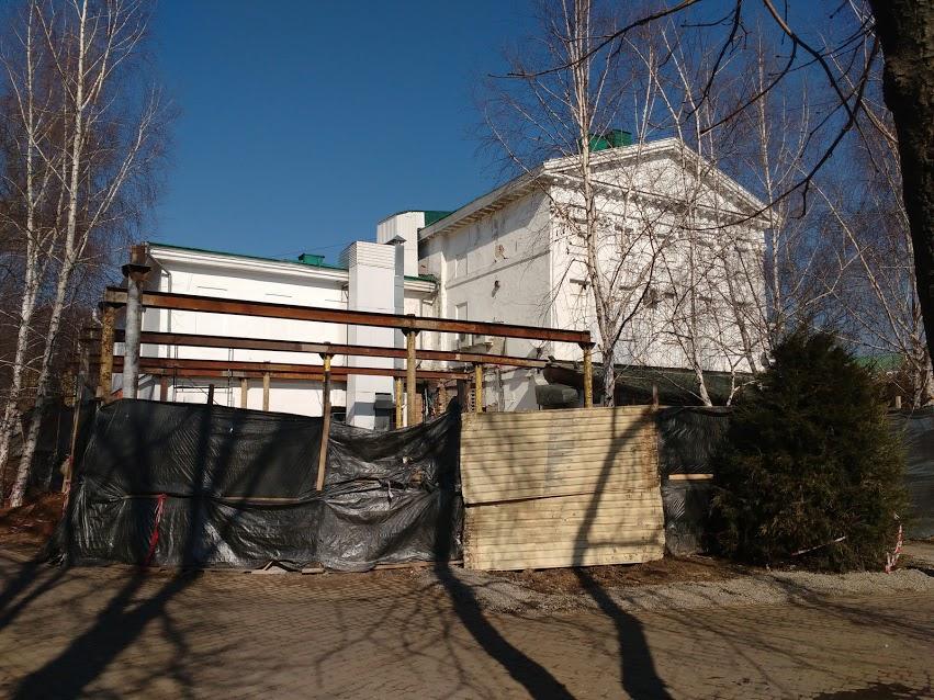 Прибудова до будинку дворянського зібрання